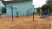 Academia ao ar livre é instalada no Centro de Convivência de Idosos
