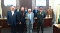 Câmara homenageia Dr. Antônio Ernesto da Silveira com a Comenda Heróis da Lapa