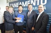 Presidente da Câmara participa de  assinatura de termo de processo licitatório da Sanepar